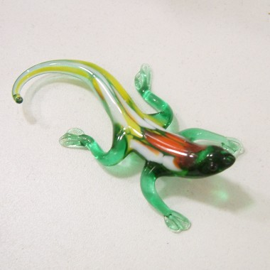 Petite salamandre en verre
