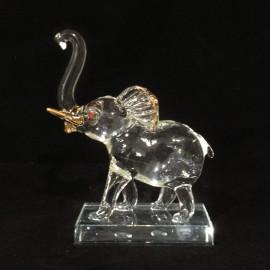 Elephant sur socle
