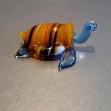 Tortue de mer en verre