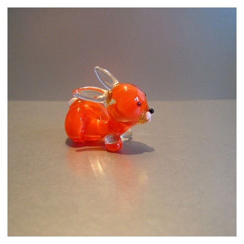 Lapin orange en verre