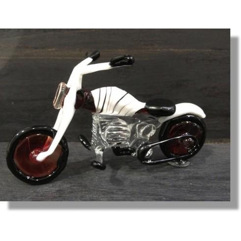 Moto en verre de couleur