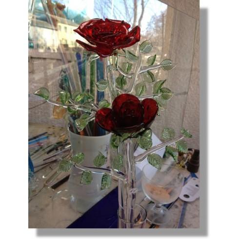 Rose en verre rouge