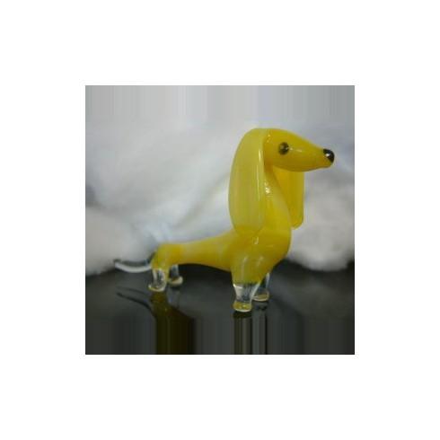 Chien jaune en verre