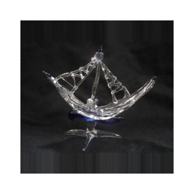 Bateau à voile en verre